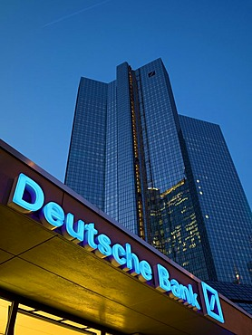 Twin towers of Deutsche Bank, Frankfurt, Hesse, Germany, Europe
