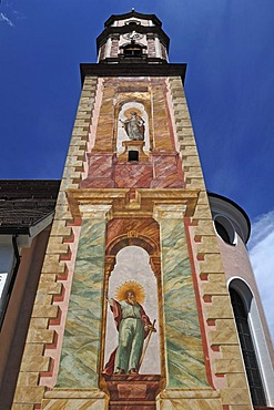 Painted tower of the parish church of St. Peter and Paul, baroque style from 1740, Matthias-Klotz-Strasse 4, Mittenwald, Upper Bavaria, Bavaria, Germany, Europe