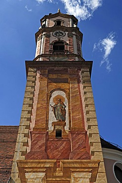 Lueftlmalerei traditional mural of St. Peter, on the tower of the parish church of St. Peter and Paul, consecrated in 1749, Matthias-Klotz-Strasse 4, Mittenwald, Upper Bavaria, Bavaria, Germany, Europe