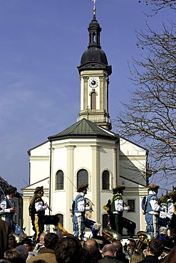 Sword dance at the Saint George horse parade in front of the Saint Oswald parish church, Traunstein, Upper Bavaria, Germany, Europe