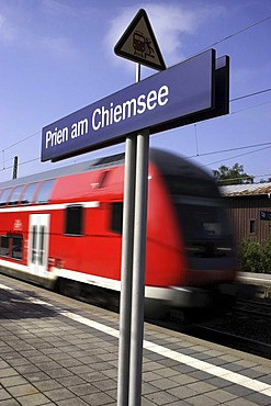 Train at the Prien am Chiemsee railway station, Prien, Chiemgau, Bavaria, Germany, Europe