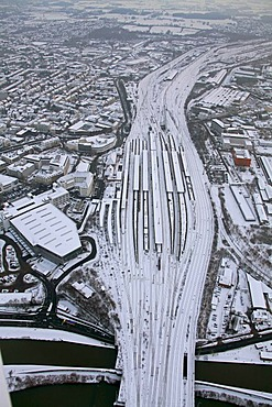 Aerial photo, central railway station, freight station in the snow, Hamm, Ruhr Area, North Rhine-Westphalia, Germany, Europe