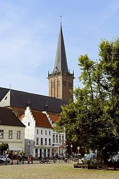 Nicolaikirche church, market square Kalkar, North Rhine-Westfalia, Germany, Europe