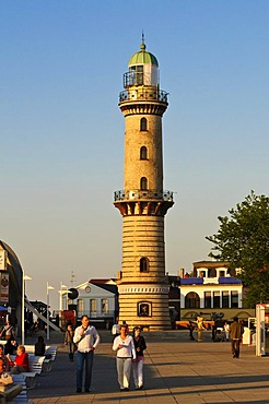 Lighthouse on the seafront, Baltic resort Warnemuende near Rostock, Mecklenburg-Western Pomerania, Germany, Europe