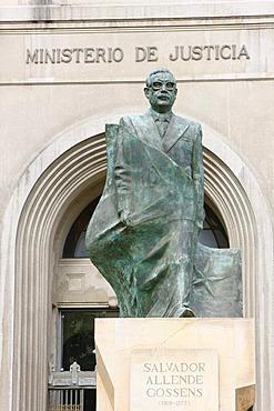 Monument to Salvador Allende, Justice Department, Santiago de Chile, Chile, South America