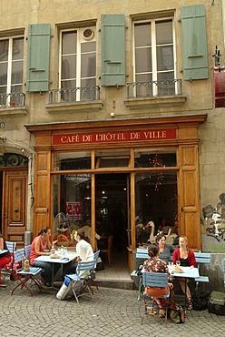 Street scene, Cafe de l'Hotel de Ville, Place de la Palud, historic centre, Lausanne, Lake Geneva, Canton of Vaud, Switzerland, Europe