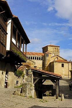 Romanesque collegiate church, Santillana del Mar, Cantabria, Spain, Europe