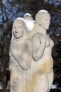 "Sculpture ""Die Nornen"", ""The Norns"", figures on the Mythenweg Germanic myth road, Thale spa gardens, Harz, Saxony-Anhalt, Germany, Europe"