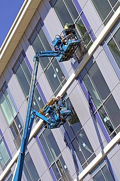 Window installation, large building, construction, Northpoint, Cambridge, Massachusetts, New England, USA