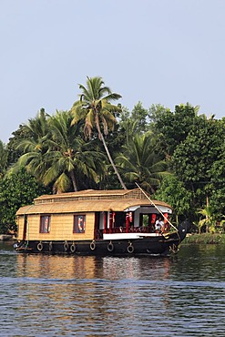 Houseboat on Kodoor River, Backwaters near Alleppey, Alappuzha, Kerala, India, South Asia, Asia