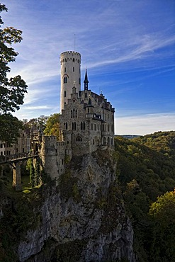 Schloss Lichtenstein Castle, Honau, Swabian Alb, Landkreis Reutlingen county, Baden-Wuerttemberg, Germany, Europe