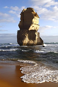 Limestone rock stack, Great Ocean Road, Port Campbell National Park, Victoria, Australia