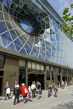 MyZeil shopping center, entrance, hole in glass front, PalaisQuartier, Zeil, city center, Frankfurt am Main, Hesse, Germany, Europe