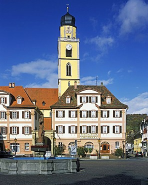 Market square with the Catholic parish church St. Johannes der Taeufer, Bad Mergentheim on the Tauber river, Baden-Wuerttemberg, Germany, Europe