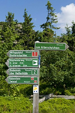 Signpost at the Grosser Arber, Great Arber, Bavarian Forest Nature Park, Bavaria, Germany, Europe