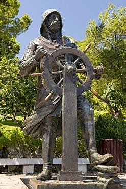 Statue of Prince Albert I, 1848-1922, Jardins Saint Martin Park, Monte Carlo, Cote d'Azur, Monaco, Europe