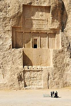 Royal tomb of King Darius I. at the Achaemenid burial site Naqsh-e Rostam, Rustam, near the archeological site of Persepolis, UNESCO World Heritage Site, Persia, Iran, Asia