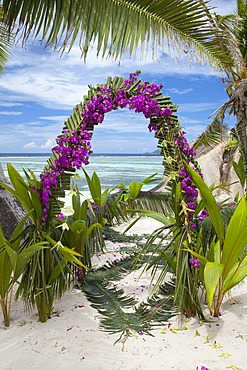 Flower arrangement for a dream wedding on the beach, La Digue Island, Seychelles, Africa, Indian Ocean