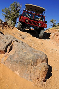 Cross-country vehicle, Hummer tour, Slickrock Trail, Moab, Utah, USA
