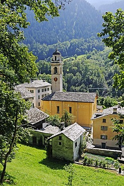 Village and church of Castasegna, hiking trail Via Bragaglia, in the chestnut forest of Brentan, Bergell Valley, Val Bregaglia, Engadin, Graubuenden, Grisons, Switzerland, Europe