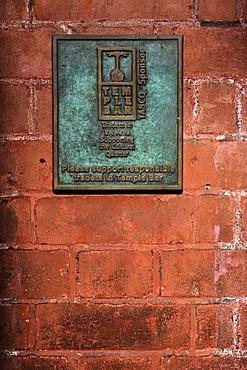 Temple Bar, traders wall plaque Dublin, Ireland, Europe