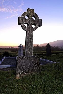 Celtic cross headstone, cemetry, Sneem, County Kerry, Ireland, Europe