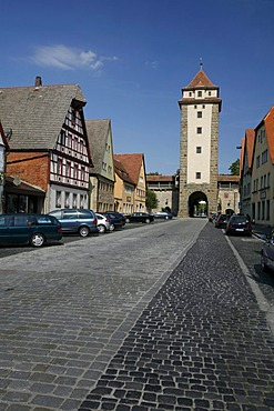 View from the Galgengasse lane to the Galgentor gallows gate, historic Rothenburg ob der Tauber, Bavaria, Germany, Europe