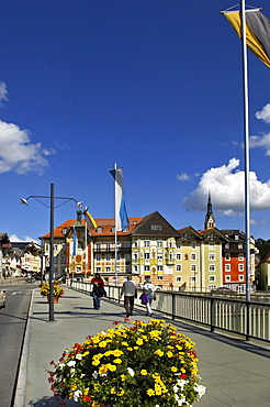 Isarbruecke Bridge and historic centre, Bad Toelz, Bavaria, Germany, Europe