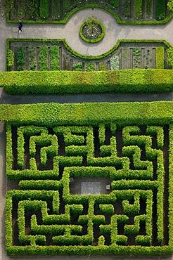 Aerial photo, labyrinth garden, Buer, Gelsenkirchen, Ruhrgebiet area, North Rhine-Westphalia, Germany, Europe