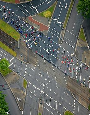 Aerial, Ruhr-Marathon 2009, half-marathon start, 13, 500 runners, Buer, Gelsenkirchen, Ruhrgebiet area, North Rhine-Westphalia, Germany, Europe