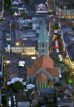 Aerial photo, Pauluskirche church, dawn, Nordrhein-Westfalen-Tag festival in Hamm, Ruhrgebiet region, North Rhine-Westphalia, Germany, Europe