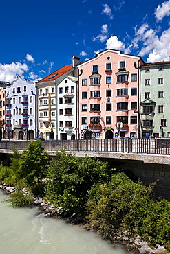 Row of houses in the Mariahilf district, Inn, the Alps, Karwendel, historic centre, Innsbruck, Inn valley, Tyrol, Austria, Europe