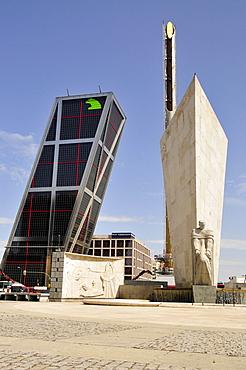 Monument to Jose Calvo Sotelo in front of one of the Kio Towers, Torres Kio or Puerta de Europa, Plaza Castilla, Madrid, Spain, Iberian Peninsula, Europe