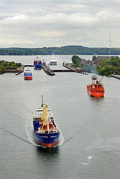 Shipping traffic on the Kiel-Canal, in the back the Schleuse Holtenau lock, Kiel, Schleswig-Holstein, Germany, Europe