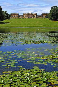 Stowe Landscape Gardens, front, Octagon Lake, rear, Stowe School, the school since 1923, architecture from 1770, Classicism, Stowe, Buckingham, Buckinghamshire, England, United Kingdom, Europe