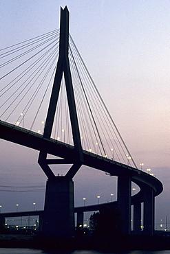 Koehlbrandbruecke bridge, Hamburg, Germany, Europe