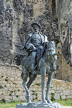 Don Ramon Cabrera y Grino, count, monument, equestrian statue, Castillo, castle, Morella, Castellon, Valencia, Spain, Europe