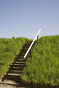 Stairs with railings on the Luehe dike, Altes Land region, Lower Elbe, Lower Saxony, North Germany, Germany, Europe
