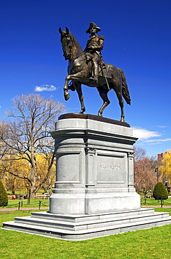 George Washington equestrian statue in the municipal park of Boston, Massachusetts, USA