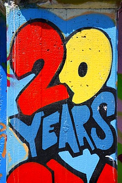 20 Years, graffiti