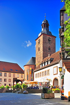 Town hall square with city church, Annweiler, Naturpark Pfaelzerwald nature reserve, Palatinate, Rhineland-Palatinate, Germany, Europe