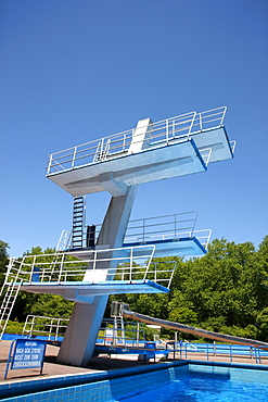 Diving tower with a 10-meter diving board in an outdoor pool, Gladbeck, North Rhine-Westphalia, Germany, Europe