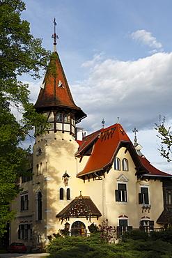 Villa on the Millstaetter See, Millstatt Lake, Millstatt, Carinthia, Austria, Europe