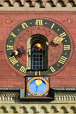 Clockface and lunar calendar on the bell tower of the Church of St. Michael, Schwaebisch Hall, Schwaebisch Hall district, Baden-Wuerttemberg, Germany, Europe