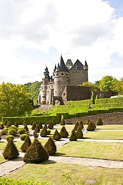 Schloss Buerresheim castle on a rocky spur in the Nettetal valley, municipality Sankt Johann near Mayen, Rhineland-Palatinate, Germany, Europe