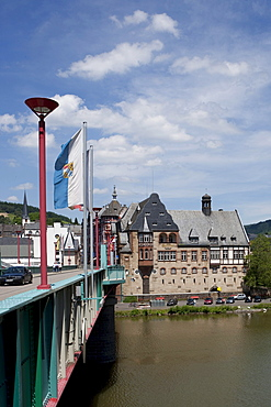View over the Mosel river to the old post office, quarter Traben, Traben-Trarbach, Mosel, district Bernkastel-Wittlich, Rhineland-Palatinate, Germany, Europe