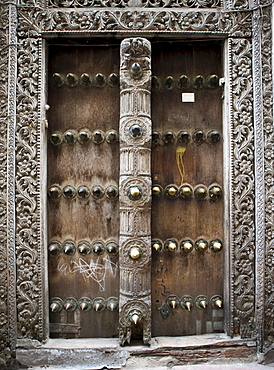 Typical Arabic door in Stonetown, Stone Town, Zanzibar, Tanzania, Africa