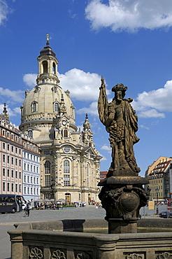 Frauenkirche Church of Our Lady, Tuerkenbrunnen Turkish Fountain, Neumarkt square, Dresden, Saxony, Germany, Europe