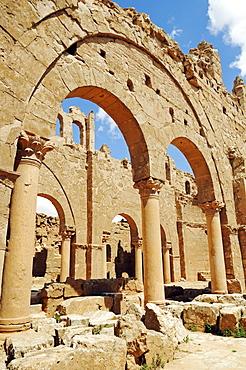 Ruins of the basilica of the Byzantine Resafa fortress, Sergiopolis, Syria, Asia