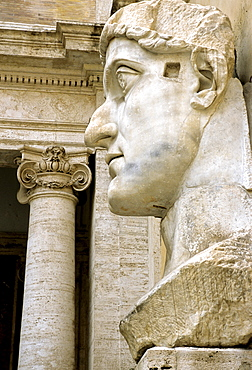 Colossal statue of Roman Emperor Constantine, Conservatorís Palace, Capitoline Museums, Capitoline Hill, Rome, Lazio, Italy, Europe